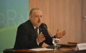 [Ministro diz que Governo poderá remanejar recursos para combater Aedes]
