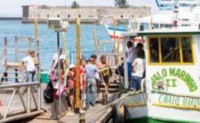 [Travessia Salvador-Mar Grande tem movimento tranquilo neste domingo]
