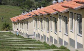 [Governador entrega 201 casas do Minha Casa, Minha Vida em Amargosa]