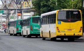 [Homens armados assaltam ônibus no bairro da Pituba]