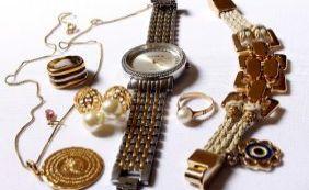 [Ibametro fiscaliza bijuterias para verificar presença de metais pesados]