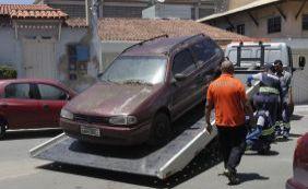 [Detran recolhe carros abandonados nas ruas em Mussurunga nesta quinta-feira]