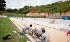 """[""""A piscina olímpica está pronta e vai ser inaugurada em março"""", diz secretário ]"""