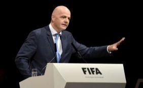 [O suíço Gianni Infantino é eleito o novo presidente da Fifa]