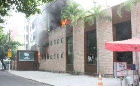 [Incêndio atinge Cantina Volpi da Pituba nesta sexta-feira; veja vídeo]