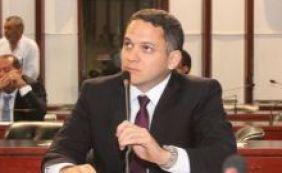 [Pablo Barrozo diz que não foi convidado para o PSL: