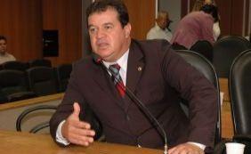 [Marquinho Viana quer novo bloco partidário e assumir liderança]