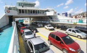[Fluxo é intenso nos terminais de ferry-boat neste sábado]