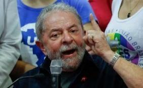 [Lula adianta que vai voltar a viajar pelo país: