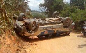 [Acidente com viatura da PM deixa dois policiais feridos na Bahia ]