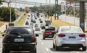 [Vias continuam bloqueadas e trânsito é intenso nesta terça-feira; confira]