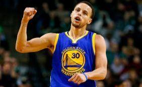 [Warriors vencem a 45ª partida seguida em casa e Curry estabelece recorde]