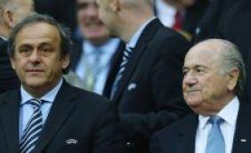 [Encontrados documentos que comprovam pagamentos de Blatter a Platini]