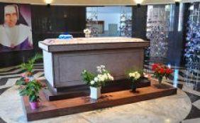 [Missa neste domingo vai lembrar os 24 anos da morte de Irmã Dulce]