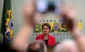 """[""""Não botou dinheiro na bolsa, mas permitiu propina"""", afirma Freire sobre Dilma]"""