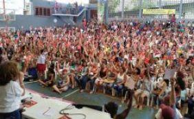 [Em votação, professores da rede municipal decidem manter greve em Salvador]