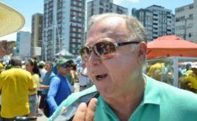 [Deputado diz que manifestações aproximam o país de impeachment:
