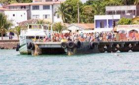 [Protesto atrapalha embarque de passageiros do ferry em Vera Cruz]