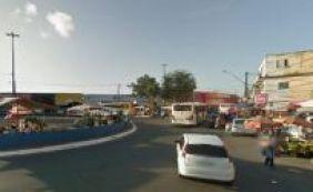 [Protesto por falta de limpeza em escolas públicas trava o trânsito em Cajazeiras]