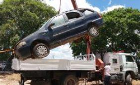 [Polícia de Alagoinhas retira mais de 100 veículos do pátio]