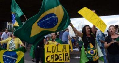Manifestações movimentam Brasília, Curitiba, São Paulo e Belo Horizonte