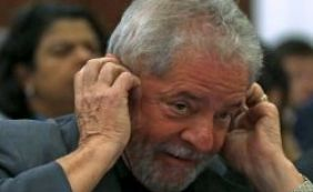 [Lula não tinha celular e usava um registrado em nome de laranja, diz colunista]