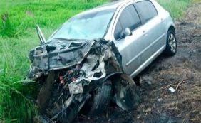 [Pai perde controle do carro e criança morre em acidente na BR-101]
