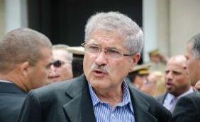 """[""""Cada dia com sua agonia"""", diz deputado sobre impeachment de Dilma ]"""