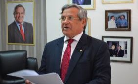 [Membro da Comissão do impeachment, Gama aposta em saída de Dilma até abril]