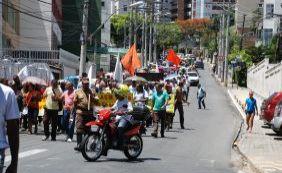 [Justiça determina desocupação de prédios públicos da Prefeitura por grevistas]