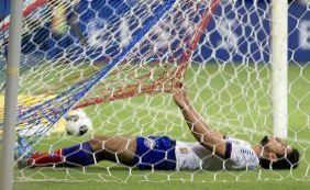 [Zé Roberto desabafa após gol: 'Eu amo esse time! Se não gostasse, sairia']