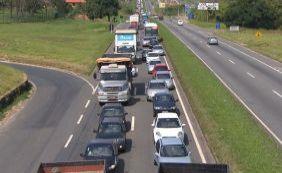 [Número de acidentes nas estradas cai pela metade no feriadão, indica PRF]