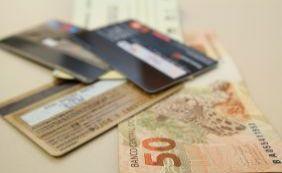 [Juro do cheque especial chega em 293,9% em fevereiro, diz Banco Central]