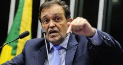 Depois de muito criticar o partido, senador Pinheiro anuncia desfiliação do PT