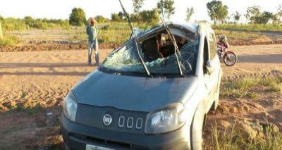 Mãe e filhos sobrevivem após grave acidente em Luís Eduardo Magalhães