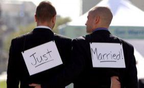 [Suprema Corte dos EUA aprova casamento gay; Obama comemora ]