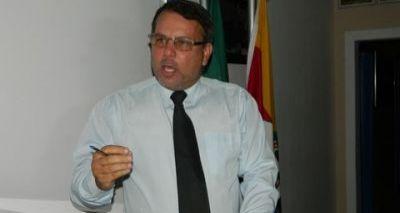 """""""Atrapalhando coleta de provas"""", prefeito de Itapebi é afastado de cargo"""