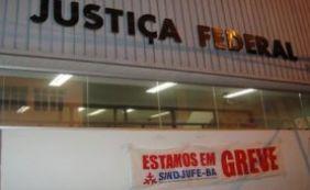 [Servidores da Justiça Federal rejeitam proposta; greve será intensificada]