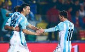 [Argentina goleia o Paraguai por 6 a 1 e garante vaga na final contra o Chile ]
