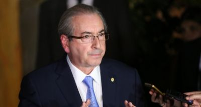 Eduardo Cunha convoca deputados para pronunciamento que fará na terça
