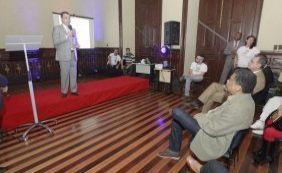 [Governador pede maior apoio de empresas para investir em cultura na Bahia]