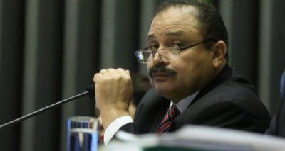 Recesso junino? Maranhão recua e suspende ato na Câmara