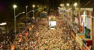 Empresário analisa crise no Carnaval: