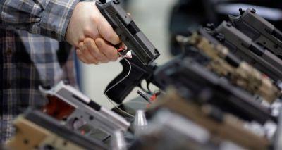 Senado dos EUA aprova compra de armas por portadores de doenças mentais