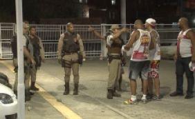 [Torcidas organizadas brigam durante jogo entre Vitória e Vasco no NBB]