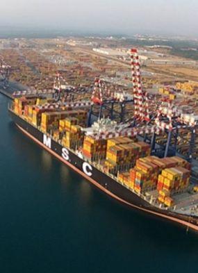 Porto da Itália apreende 390 kg de cocaína vinda do Brasil