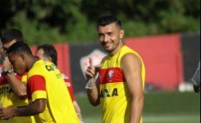 [Com Dátolo vetado, Vitória relaciona jogadores para jogo contra o Bragantino]