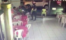 [Casa Nova: câmeras de segurança flagram assalto a pizzaria]
