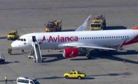 [Avião da Avianca faz pouso de emergência no aeroporto de Guarulhos, em São Paulo]