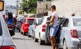 [Motoristas esperam até 1h30 para embarcar no Ferry na tarde desta sexta]